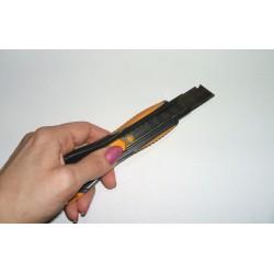 Maped univerzális kés, 18 mm, balkezes, Ultimate Barkácskés/Sniccer Maped
